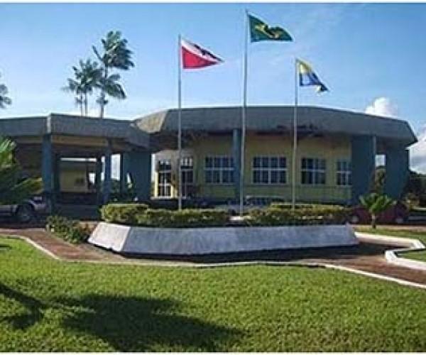 Governo protocola Lei Orçamentária para 2015 na Câmara Municipal de Santarém