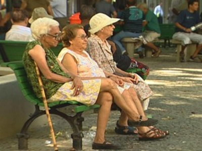 Quase metade dos idosos no mundo não recebe aposentadoria