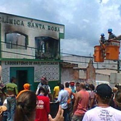 Em Alenquer, clínica médica pega fogo com quatro pessoas dentro