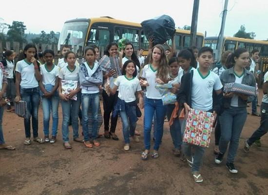 """Projeto """"Criança Feliz"""" da Escola Municipal João Carlos Batista doa brinquedos as crianças das Creches de Novo Progresso"""