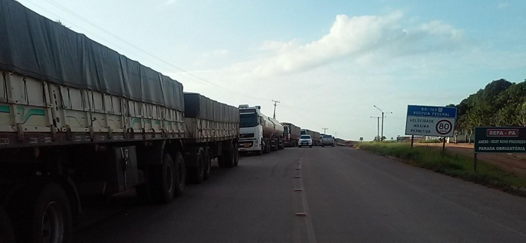 Acabou- Após acordo com o governo , indígenas e sem terra abrem rodovia