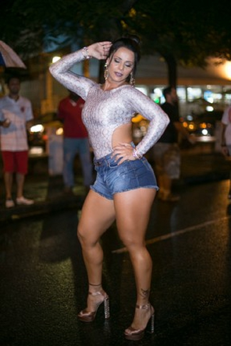 Viviane Araujo Nude Photos 75