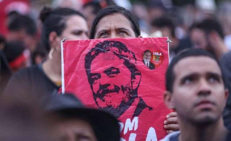 Entenda o que pode acontecer com Lula após decisão do STF