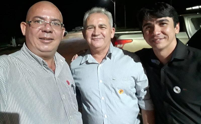 Na ocasião esteve presente várias autoridades bem como o Sr. Excelentíssimo Prefeito de Itaituba/PA Valmir Climaco e o Veredor Wescley Tomaz(Foto:Claudinho Leite)