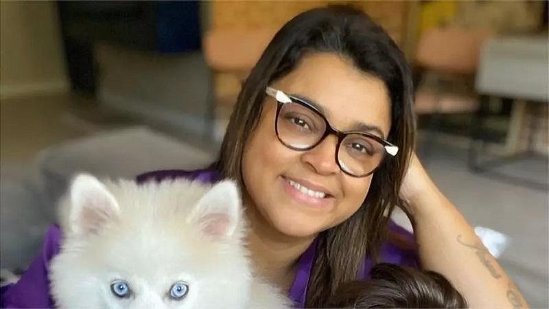 """""""Comecei a perder o olfato e o paladar quatro dias depois de ter os primeiros sintomas do coronavírus, como calafrios, sudorese e dores no corpo"""", lembra a cantora Preta Gil à BBC News Brasil."""