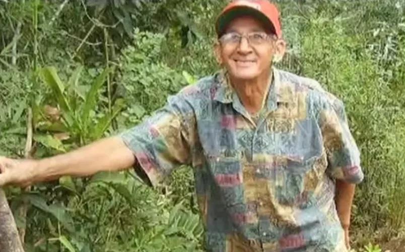 José Pereira Netto, de 81 anos, foi encontrado morto na área de casa com as mãos amarradas para trás, boca amordaçada e uma sacola na cabeça em Tangará da Serra — Foto: TV Centro Aérica/Reprodução